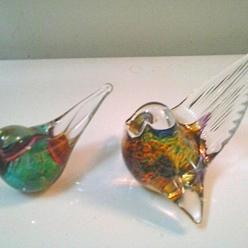 O & M Hoglund Art Glass Birds-Paper Weights /Australia-New Zealand / Circa 21st Century
