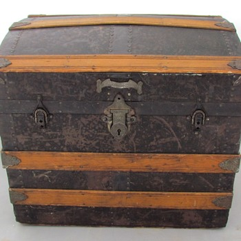 1880's 90's  J. Eveleigh & Co. - Montreal Canada - Metal Covered Hat Trunk - Furniture