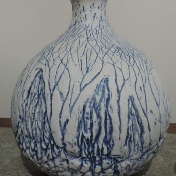 Art pottery vase Can you see the forest through the trees? - Pottery