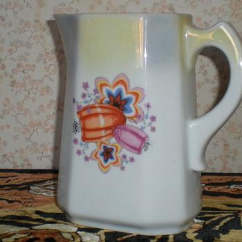 Bulgarian Art Deco cubist porcelain jug. - Art Deco