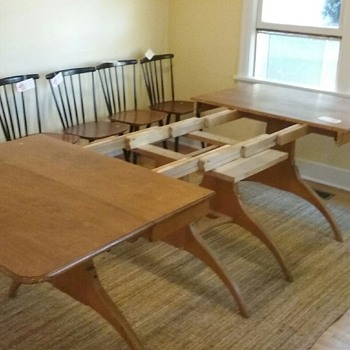 Help me identify this table!!!