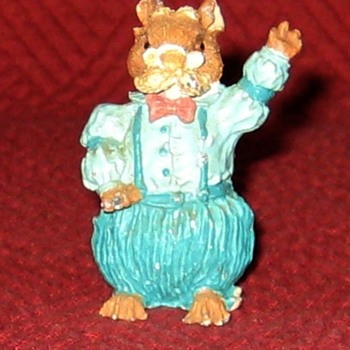 Grandfather Mouse (Vintage Cold Painted Lead Figure) - Animals