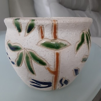 Is this Roseville Mostique? - Pottery