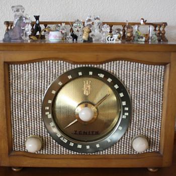 Late 1950's  Zenith Radio - Radios