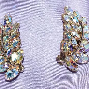 Sherman Vintage Clip-On Earrings
