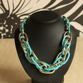 Blue and gold plastic necklace - Costume Jewelry