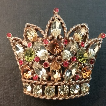 Regency crown brooch  - Costume Jewelry