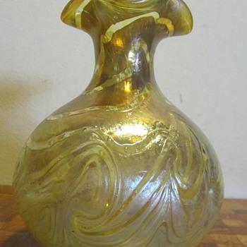 Fritz Heckert Otto Thamm Silberband Gold on Gold Ruffled Rim Vase - Art Nouveau