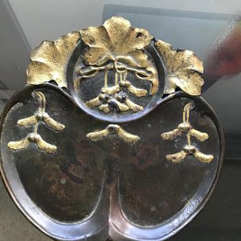 Art nouveau bronze plaque - Art Nouveau