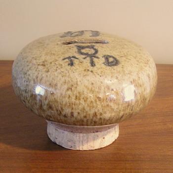 Stoneware mushroom bank - Pottery