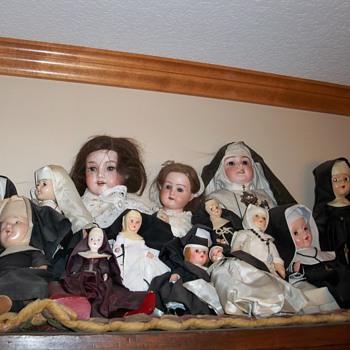 Nun collection - Dolls