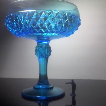 Diamond Point Blue Glass