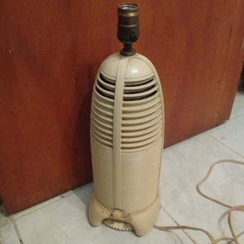 Mitchell Mfg. Lumitone Rocket Radio Lamp 1940's - Lamps