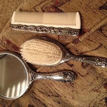 Old 3 Piece Vanity Set - Accessories