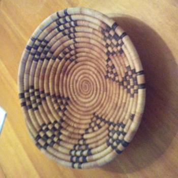 Native American antique basket? - Furniture