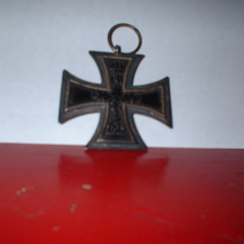 WW I Iron Cross - Military and Wartime