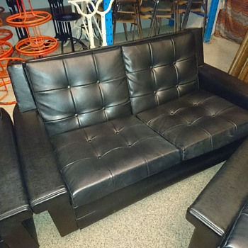 Vintage midcentury black leather Couch - Furniture