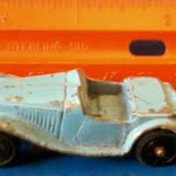 Tootsietoy Tuesday: The Classic MG Roadster - Toys