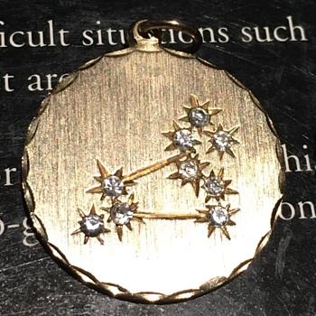 Leo Zodiac Pendant - Fine Jewelry