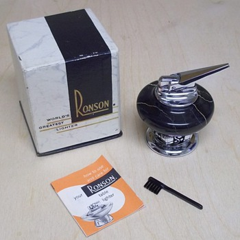 Ronson table lighter 1956 - Tobacciana