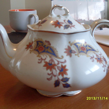 Ellgreave Staffordshire Heatmaster Teapot - Made in England  - Kitchen