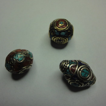 HAPPY HOLIDAYS ALL CW VIEWERS, HAPPY 2014. Three silver inlaid bead. - Fine Jewelry