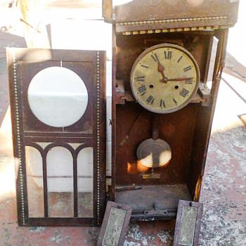 German HAC 1900 wall clock? - Clocks