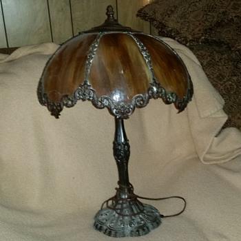 Miller carmel slag glass table lamp