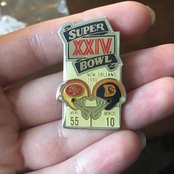 Super Bowl Pins  - Accessories