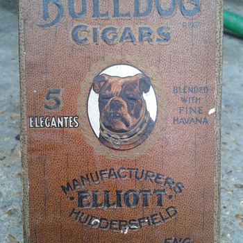 early bulldog cigar box - Tobacciana