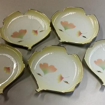 1960s Japanese plate set - China and Dinnerware