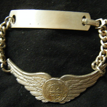 URUGUAYAN AIR FORCE BRACELET ! - Military and Wartime