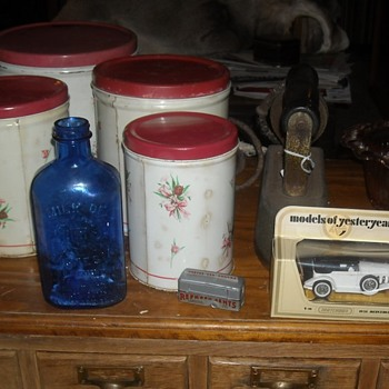 Vintage Kitchen Canister Set Empeco by the National Can Company of New York - Kitchen