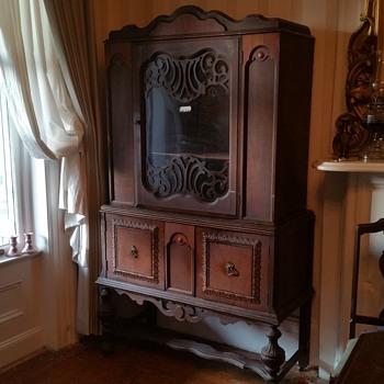 Vintage hutch - Furniture