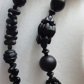 Two Victorian Mourning necklaces - Fine Jewelry