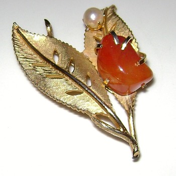 Kramer Brooch - Costume Jewelry