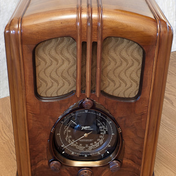 "My Zenith 7-J-232 ""Waltons"" Radio - Radios"