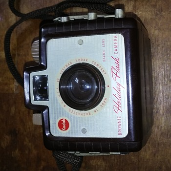 Kodak Brownie Holiday Flash - Cameras