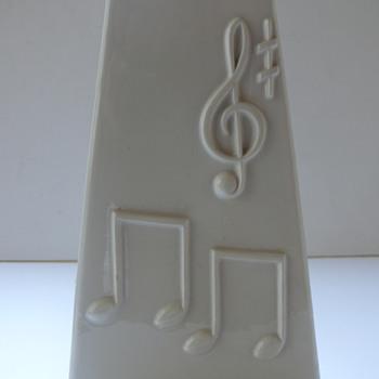 an italian melody - Pottery