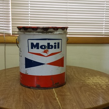 Mobil Oil Can - Petroliana