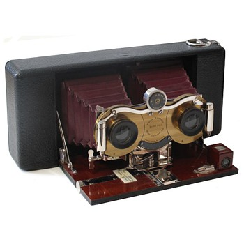 Celebrating Early Stereo Roll film Cameras – the Blair Stereo Hawkeye Model No.2 - Cameras