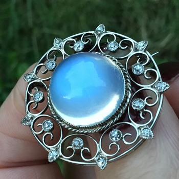 Liberty 18ct White Gold Moonstone and Diamond Brooch