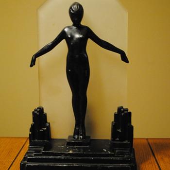 1929 Frankart Deco Nude Silhouette Lamp - Art Deco