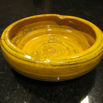 Raymor oh Raymor - Pottery