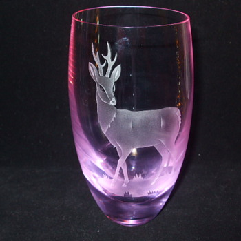 CAITHNESS GLASS - NEODYMIUM (Alexandrite) STAG VASE - Art Glass