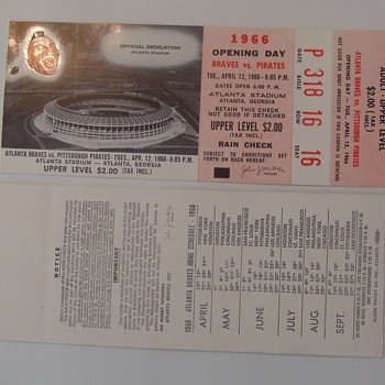 Atlanta Braves Opening Day Ticket Stubs 1966 - Baseball