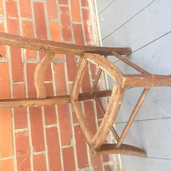 Kids chair of unknown origin