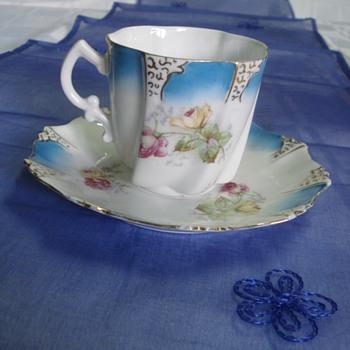Art Nouveau porcelain demitasse