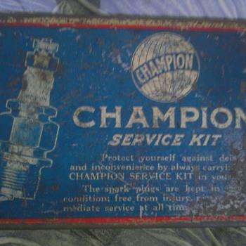 Champion Spark Plug Service Kit - Petroliana
