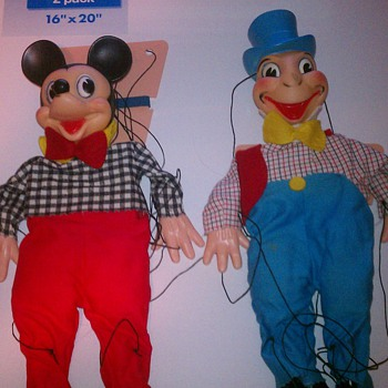 7 Vintage Marionettes  - Toys